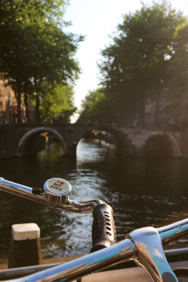 Postcard from Amsterdam - All the wonderful things Urlaubstipps I love my bike