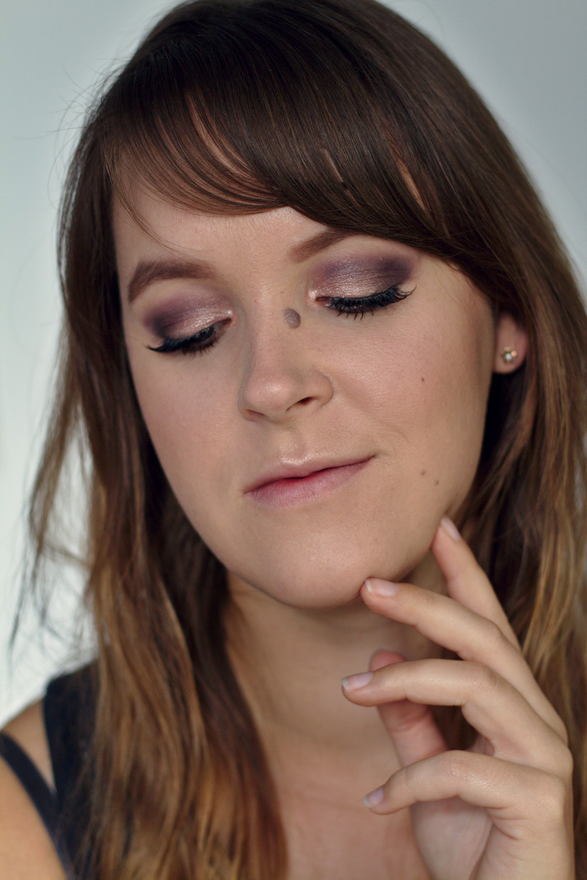 All the wonderful things: Eine Palette 3 Looks: Essence Epic Sunset; Schimmerndes Smokey Eye