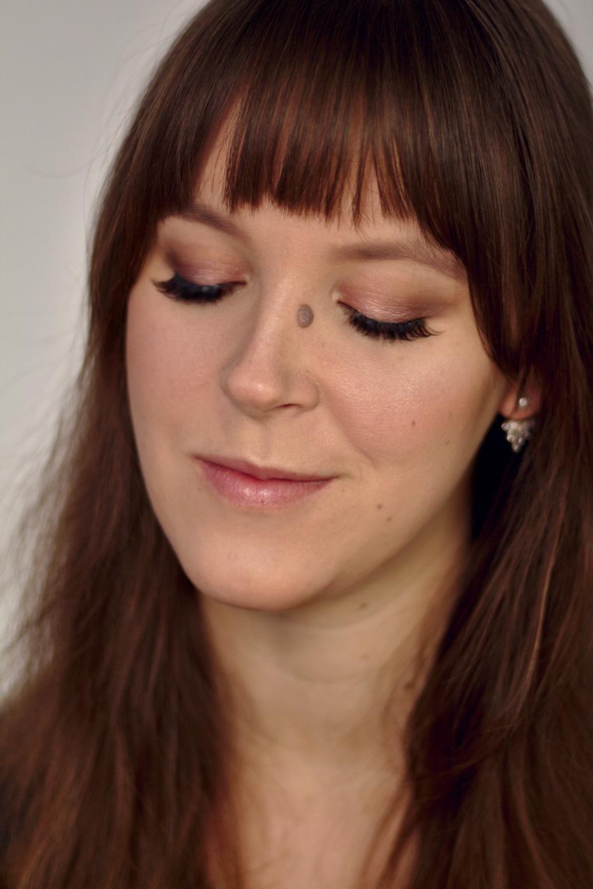 All the wonderful things: Eine Palette 3 Looks - Sleek MakeUP i-Divine Strom Lidschatten Palette Review
